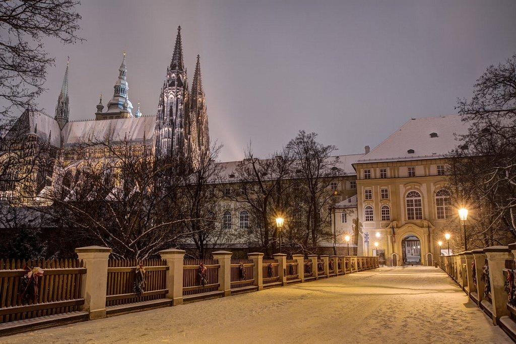 Katedrála svatého Víta, Pražský hrad, noční Praha - IMG-6665.jpg