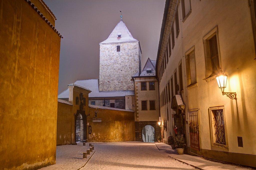 Zimní Pražský hrad, noční Praha - IMG-6680.jpg