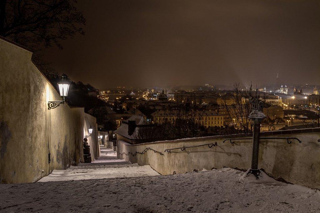 Zimní Staré zámecké schody, noční Praha - IMG-6734.jpg