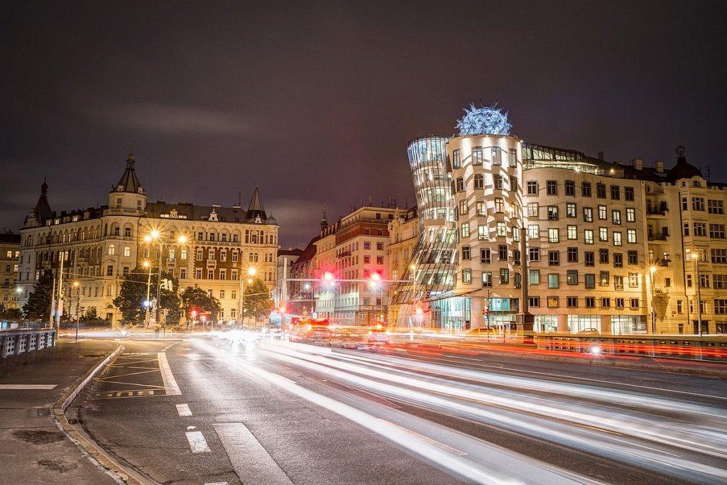 Noční Praha, Tančící dům - IMG-5407.jpg