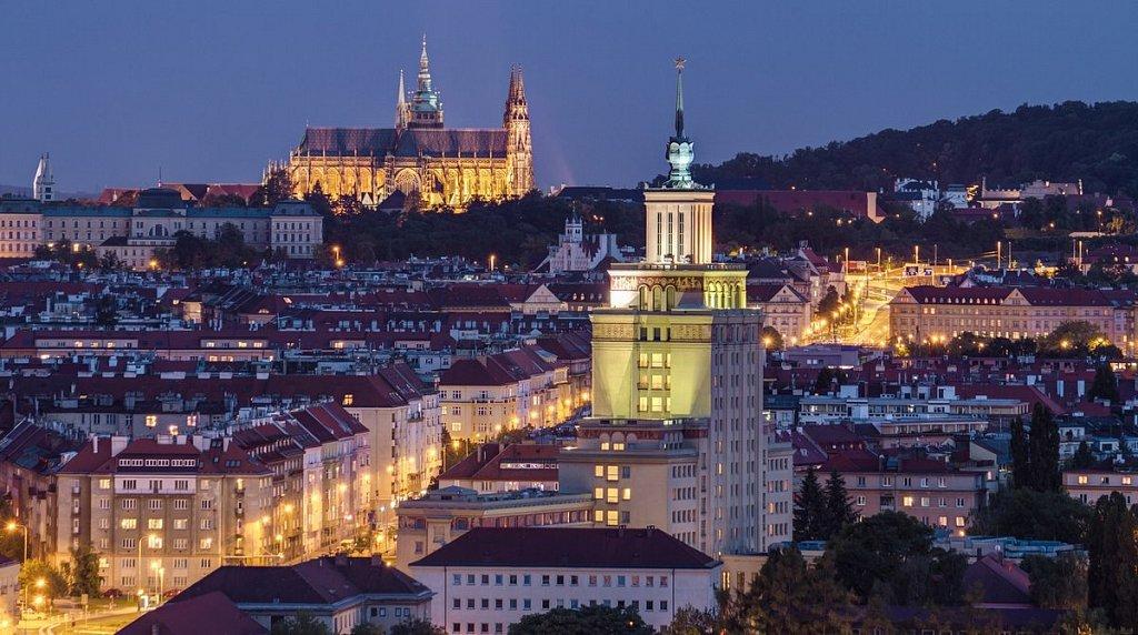 Noční Praha, Hotel International Prague, Katedrála svatého Víta - IMG-4703.jpg